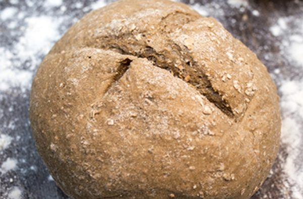 Ψωμάκι ολικής αλέσεως